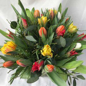 Boeket Tulpen €15 Scheerhoorn Bloemen Leek