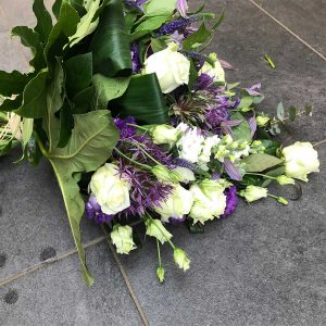 Grafboeket €30 Scheerhoorn Bloemen Leek