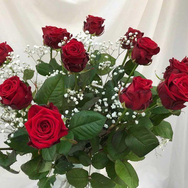 Valentijnsboeket €25 'Valentijn Rozen' Scheerhoorn Bloemen Leek